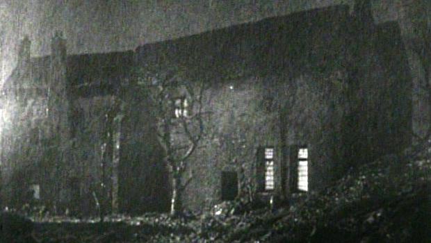 film_olddarkhouse