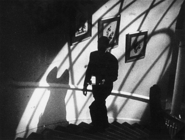 suspicion-1941-001-man-with-milk-00m-mru